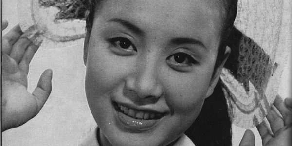 800px-Hibari_Misora_1955_Scan10013